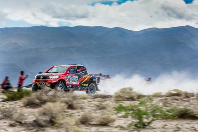 """Ein hartes Stück Arbeit – de Villiers/von Zitzewitz erobern am härtesten Tag der """"Dakar"""" Gesamtrang drei"""