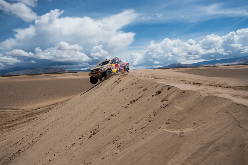 Giniel De Villiers (ZAF) of Toyota Gazoo Racing SA races during stage 04 of Rally Dakar 2017 from Jujuy, Argentina to Tupiza, Bolivia on January 05, 2017 // Marcelo Maragni/Red Bull Content Pool // P-20170105-01625 // Usage for editorial use only // Please go to www.redbullcontentpool.com for further information. //